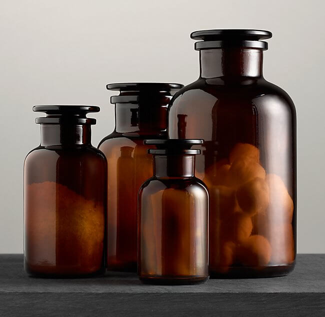 The amber glass containers from Restoration Hardware are an awesome accent piece for fall decor! Use them as vases, storage containers, or leave empty for display only!
